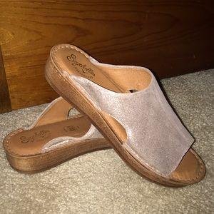 Seychelles weekender sandals